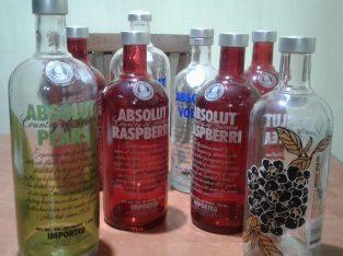 8 botellas vacias vodka absolut